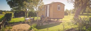 Avenue Farmhouse Shepherds Hut (1)