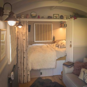 Avenue Farmhouse Shepherds Hut (12)